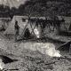 DÉTAILS 04 | Vue du Fleuve Yukon (Amérique du Nord) - Campement d'Amérindiens - Indiens d'Amérique - Gwich'in
