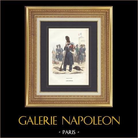 Soldat Napoléonien - Uniforme - Grenadier de la Garde Impériale   Gravure originale en taille-douce sur acier dessinée par Hippolyte Bellangé, gravée par Lacoste ainé. Aquarellée à la main. 1844