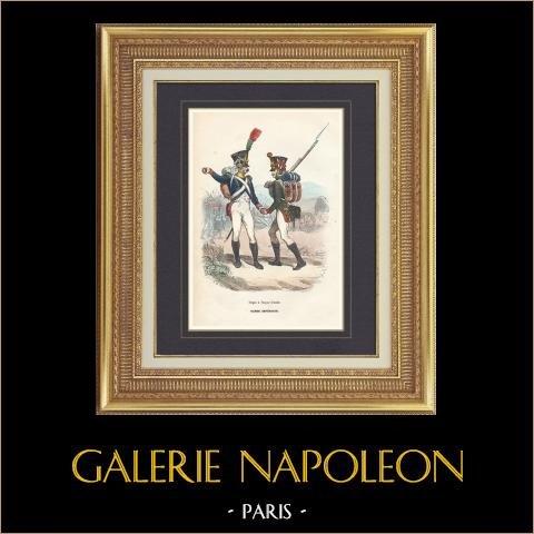 Soldat Napoléonien - Uniforme - Garde Impériale - Voltigeur - Flanqueur Grenadier   Gravure originale en taille-douce sur acier dessinée par Demoraine, gravée par Lacoste ainé. Aquarellée à la main. 1844