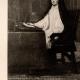 DÉTAILS 02   Portrait d'Homme Inconnu - Portrait de la Reine Marianne D'Autriche (Juan Carreño de Miranda)