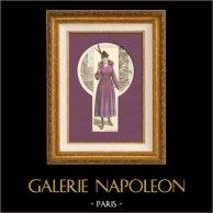 Modedrucke - Französische Mode - Pariserin - Frankreich - Mantel - Manteau Confortable | Modestich. Anonyme. Alt-handkoloriert. 1890