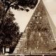 DÉTAILS 01 | Vue de Rome - Italie - La Pyramide de Caius Cestius