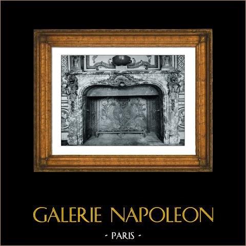 Cheminée en Marbre - Consoles à tête de Lion en Bronze Ciselé Doré - Armes de France et de Navarre - Palais de Fontainebleau | Phototypie originale de Berthaud. 1894