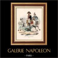 Soldato Napoleonico - Uniforme - Generale di Divisione - Maggiore Generale - Cavalleria (1812) | Incisione xilografica originale disegnata da Hippolyte Bellangé, incisa da Andrew Best Leloir. Colorata a mano d'epoca. 1844