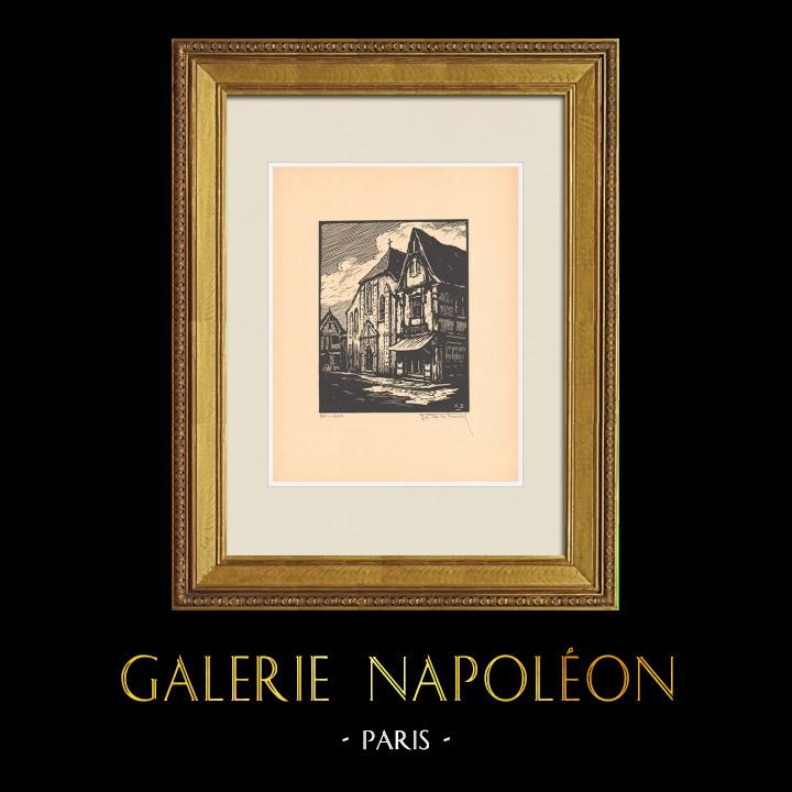 Antique Prints & Drawings   View of Montluçon - Place Saint-Pierre - Church - Allier (France)    Wood engraving   1935