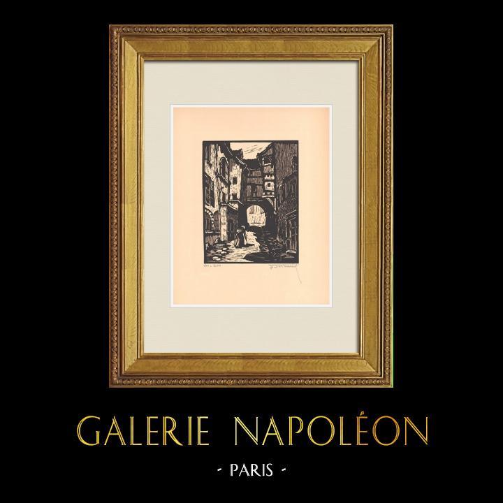 Gravures Anciennes & Dessins | Vue de Montluçon - Passage du Doyenné - Allier (France) | Gravure sur bois | 1935