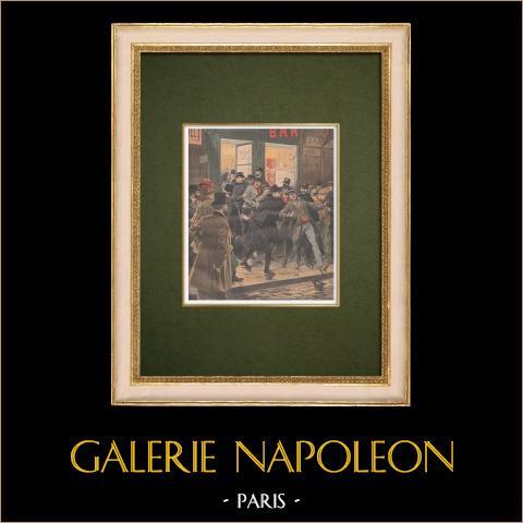 Gripanden på en kafé i natt - Paris - 1907 | Original träsnitt tryckt i kromotypografi. Anonym. Text på baksidan. 1907