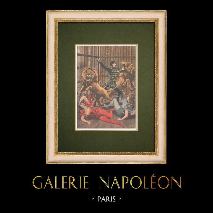 Gravures Anciennes & Dessins   Dans un music-hall, deux équilibristes tombent dans la cage des lions - Paris - 1907   Gravure sur bois   1907