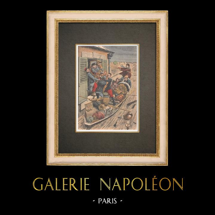 Stampe Antiche & Disegni | Inondazioni di Parigi - Soccorso da un paralitico - 1910 | Incisione xilografica | 1910