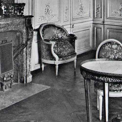 gravures anciennes ch teau de versailles petit trianon chambre de marie antoinette. Black Bedroom Furniture Sets. Home Design Ideas