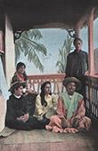 Franska Polynesien - Tahiti - Kvinnar i Papeete - Folkdräkt - Bygdedräkt