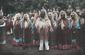 Franska Polynesien - Tuamotuöarna - Tradition - Himéné - Frankrikes nationaldag - Folkdräkt - Bygdedräkt