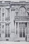 Palace of Versailles - Cour de Marbre - Détails de la façade principale