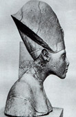 Ancient Egypt - Egyptology - The Egyptian Art - Sculpture - Statue - Bust of Akhnaton - Amenophis IV - Amenhotep IV