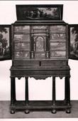 Antique Furniture - Ebony Cabinet - Cabinet en Eb�ne - Milieu du XVII�me Si�cle