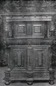 Antique Furniture - Sideboard - Buffet Flamand Deux Corps dit Troonkas - XVIIème Siècle - Composition Ecole Hans Vredeman de Vries