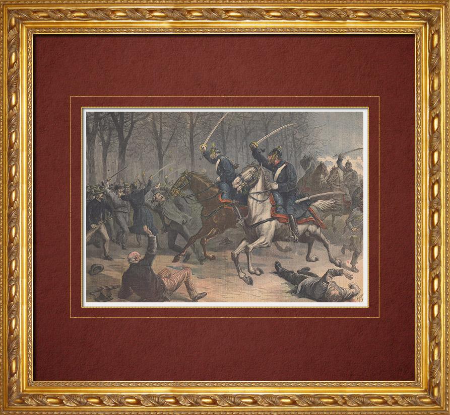 Gravures Anciennes & Dessins   Emeutes en Allemagne - La Cavalerie - Guillaume II d'Allemagne - 19ème Siècle   Gravure sur bois   1892