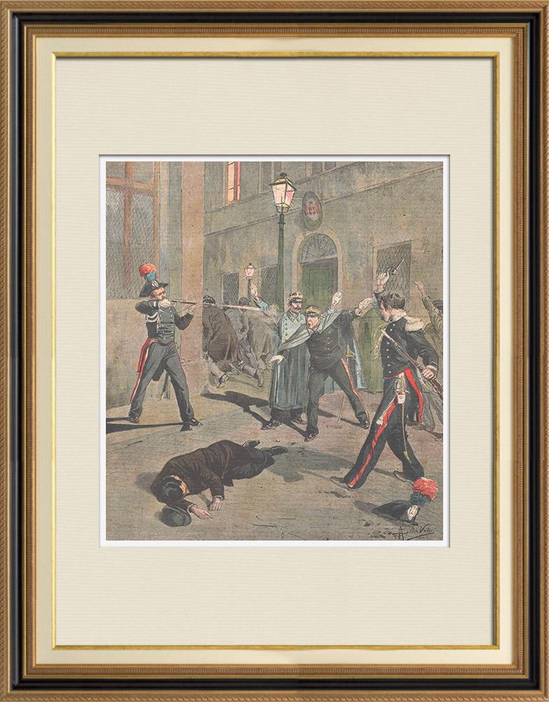 Gravures Anciennes & Dessins   Deux Carabiniers ivres tirent sur la foule à Vigevano - Italie - 1895   Gravure sur bois   1895