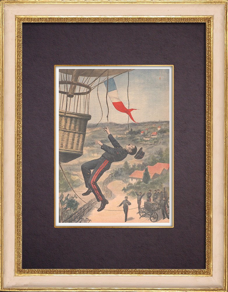 Antique Prints & Drawings | A soldier hanging on the basket of a balloon - Versailles - Île-de-France - 1901 | Wood engraving | 1901