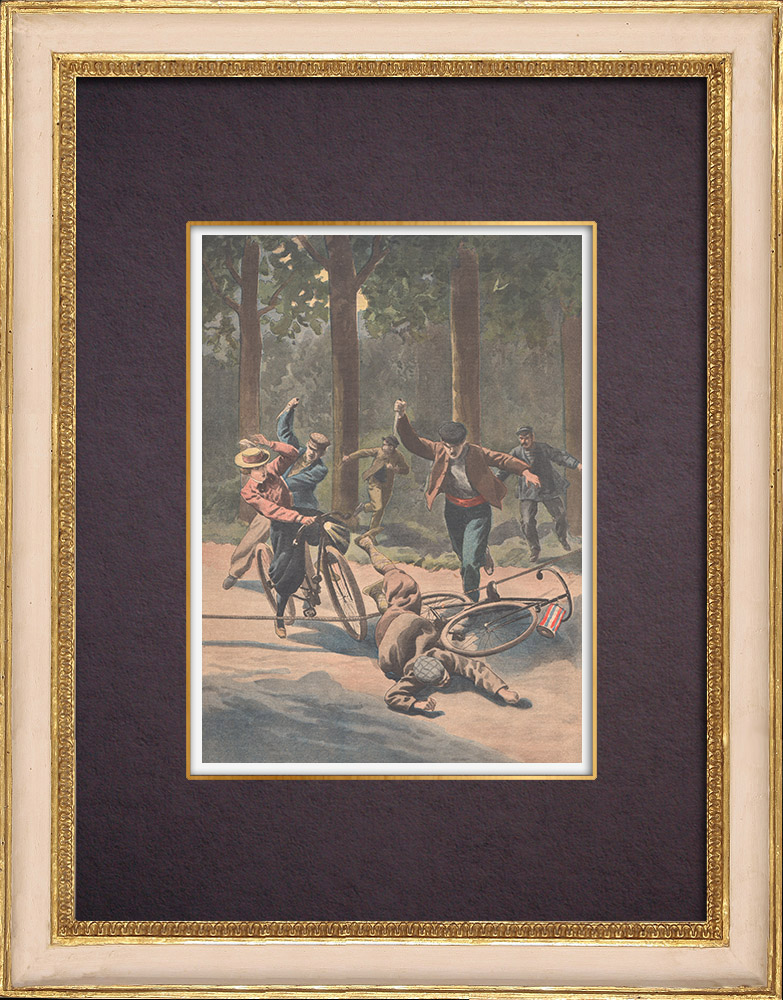 Antique Prints & Drawings | Cyclists attacked in the Bois de Vincennes - Paris - 1901 | Wood engraving | 1901