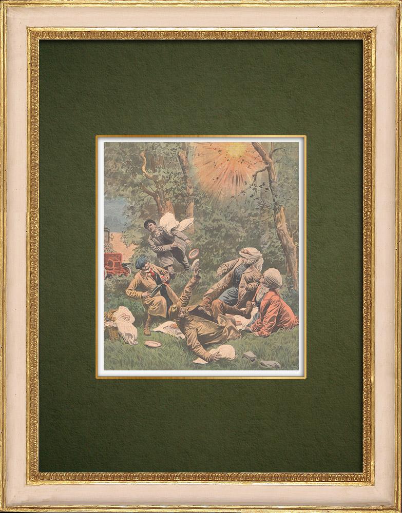 Gravures Anciennes & Dessins   Des promeneurs surpris par des tirs d'obus - Dun-sur-Auron - 1907   Gravure sur bois   1907