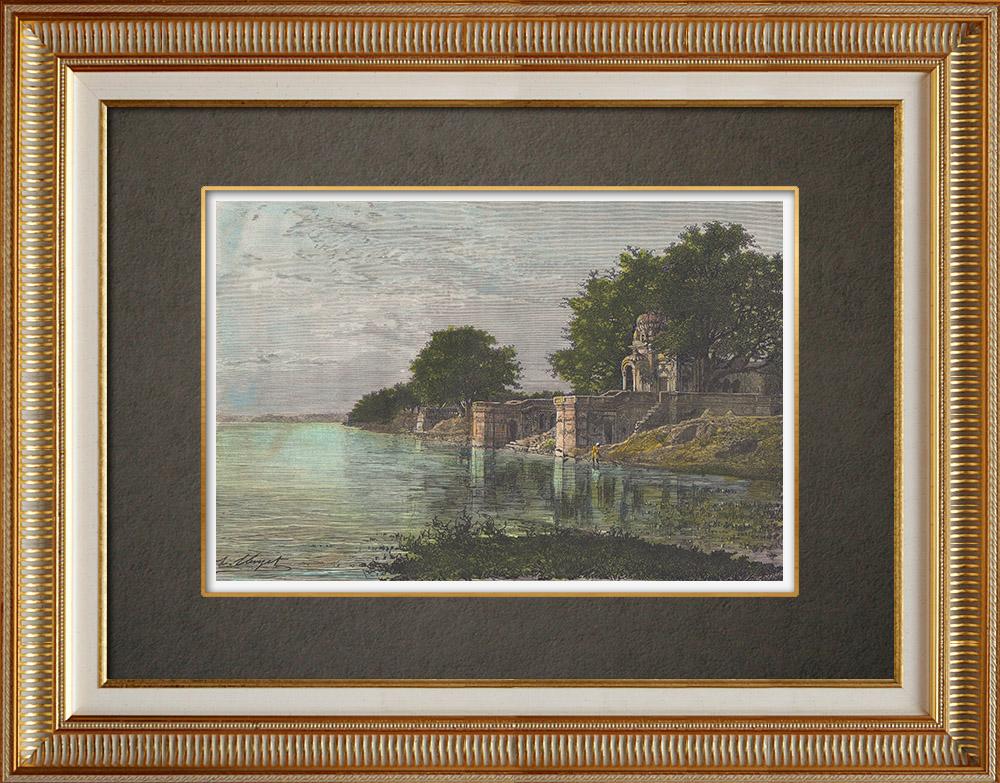 Gravures Anciennes & Dessins   Vue du Sutti Chowra Ghat sur le Gange à Kampur (Inde)   Gravure sur bois   1874